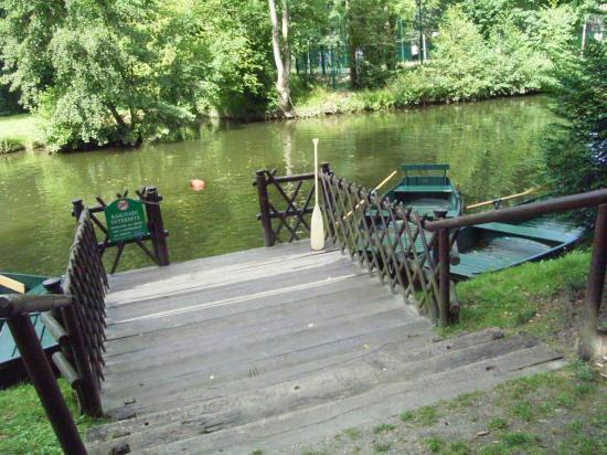 les barques du parc caillebotte
