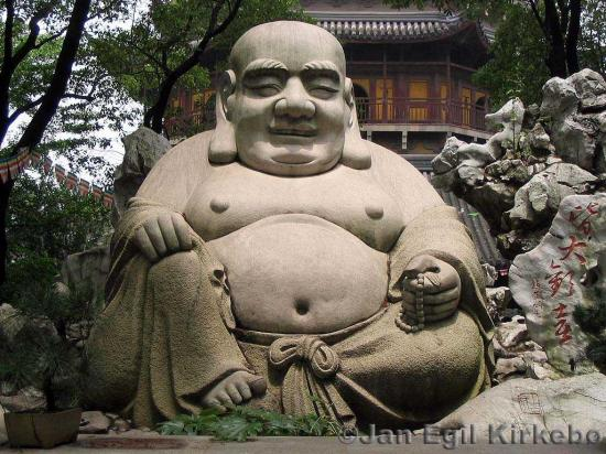 bouddha-chargee.jpg