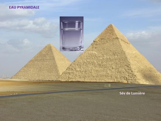 Eau pyramidale oki
